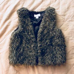 Cute vest.